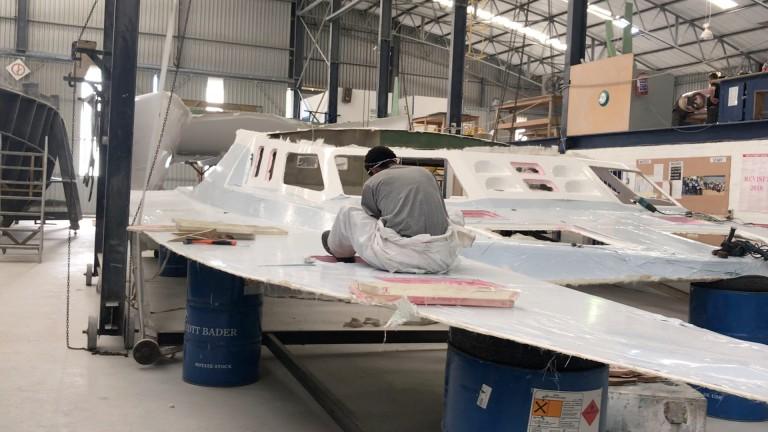 Deck prep worker